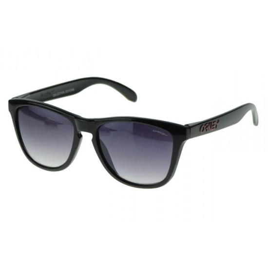Oakley Holbrook Sunglass Black Frame Gray Lens-Authentic